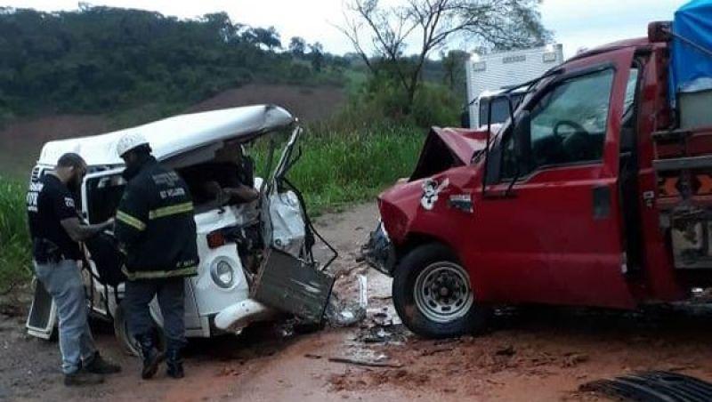 Acidente deixa um morto e feridos na MG-447 entre Ubá e Visconde do Rio Branco
