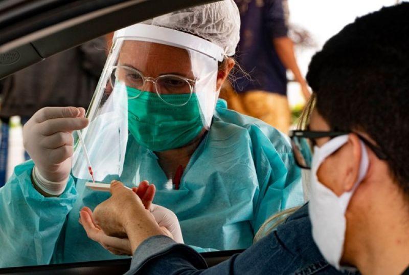 Pesquisa indica que número de casos de coronavírus no Brasil pode ser sete vezes maior