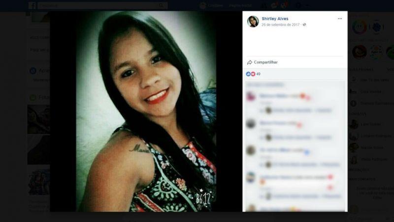 Adolescente é morta com vários tiros dentro de casa em Medina, MG