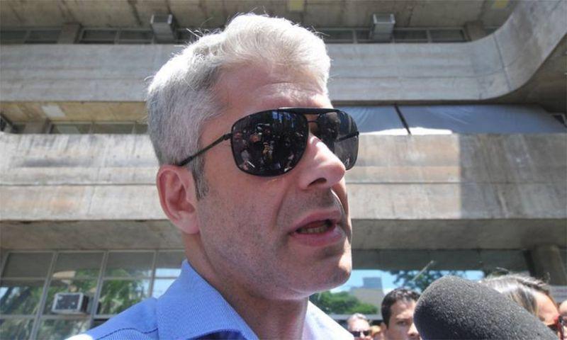 Justiça absolve cunhado de Ana Hickmann por morte de fã em hotel de BH