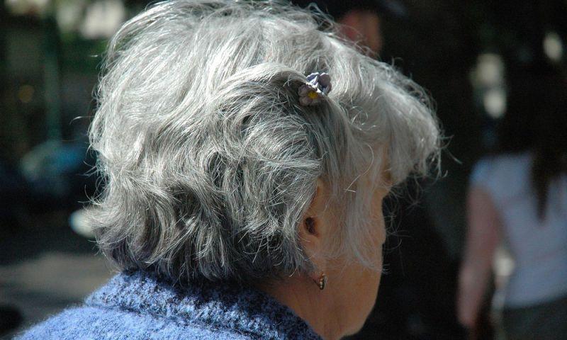 Ansiedade em adultos mais velhos pode ser um indicador para Alzheimer, diz estudo