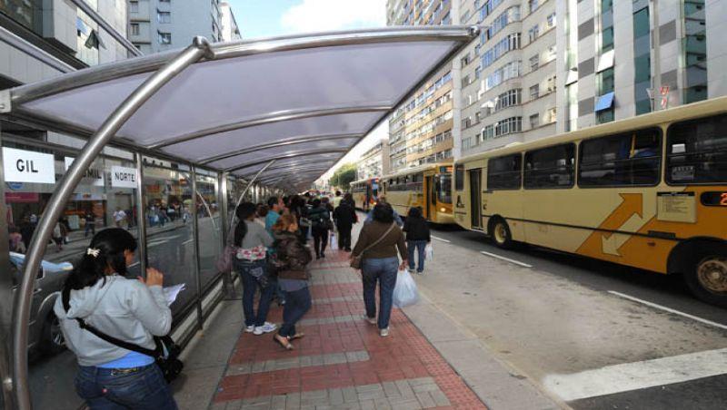 Projeto de lei propõe adoção dos pontos de ônibus de Juiz de Fora pela iniciativa privada
