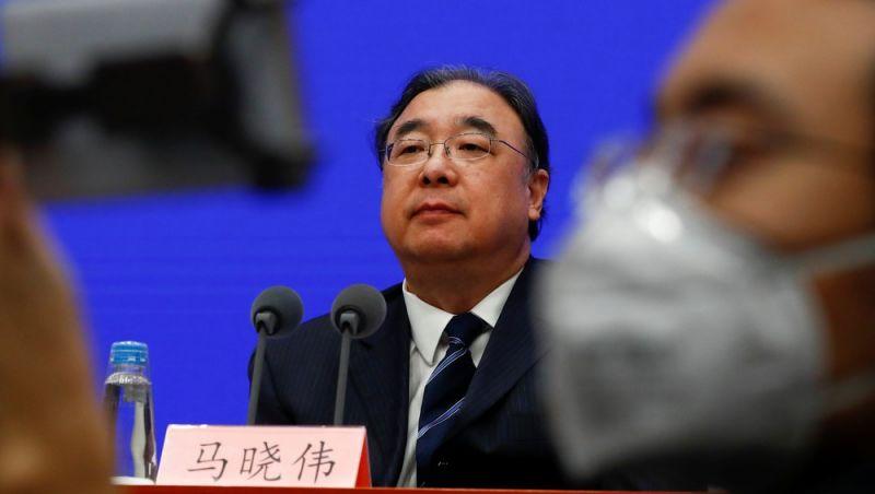 China diz que novo coronavírus pode se espalhar antes do aparecimento de sintomas