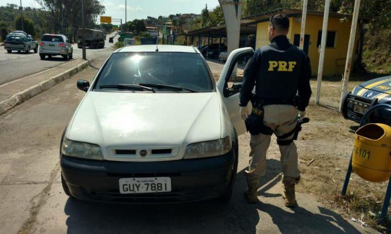 Ex-vereador é preso após dirigir carro roubado
