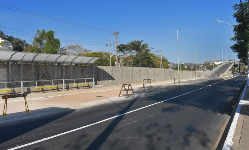 Alça do Viaduto Augusto Franco será aberta ao trânsito nesta quarta-feira em Juiz de Fora