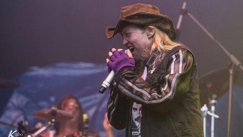 Vocalista americano de metal Warrel Dane morre de infarto no Brasil