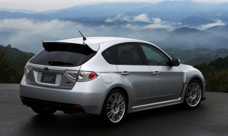 Subaru convoca recall do Outback e Impreza no Brasil por falha no motor