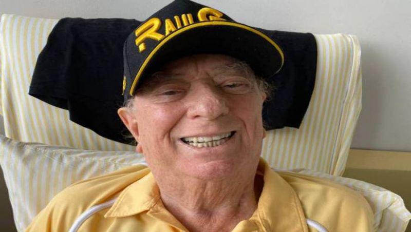 Raul Gil volta a ser internado e passa por cirurgia no pulmão