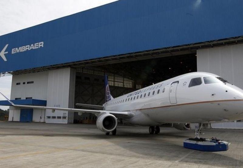"Embraer recebe ""pedido firme"" da American Airlines para 15 jatos E175"