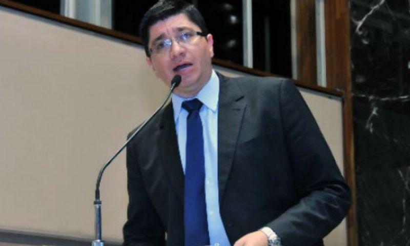 Deputado juiz-forano Márcio Santiago perde o mandato na ALMG