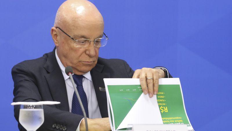 Secretário reafirma que Petrobras, Caixa e BB não serão privatizadas