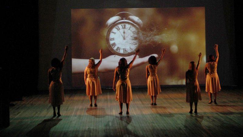 """Servidores da PJF exibem as alegrias e emoções da dança no Teatro """"Paschoal Carlos Magno"""""""