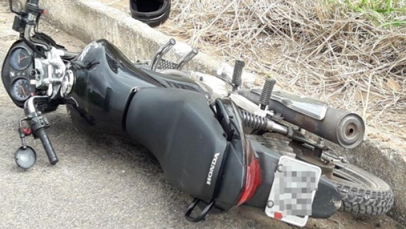 Duas pessoas ficam feridas em acidente com moto na BR 116