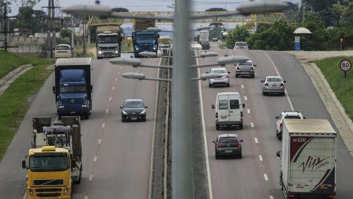 Após fraco resultado, setor de transporte mostra 'otimismo cauteloso' para 2018