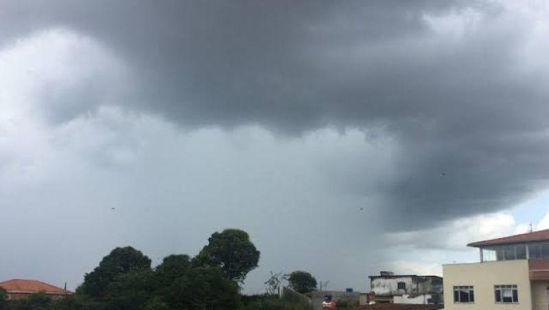Sábado ainda deve ter chuva forte em Juiz de Fora