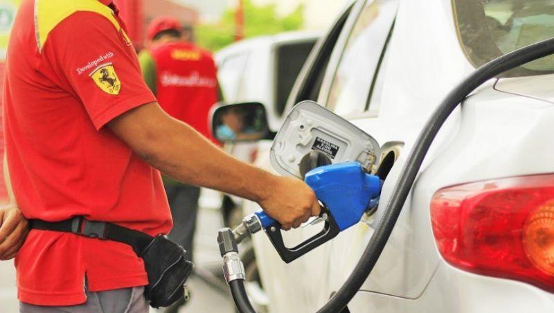Eunício e Maia anunciam acordo com o governo federal para 'zerar' tributos de combustíveis