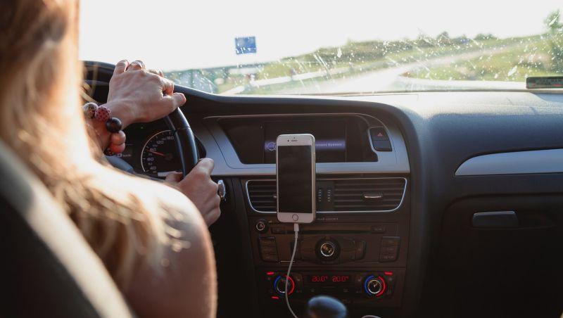 Uber vai permitir que motoristas mulheres só peguem passageiras