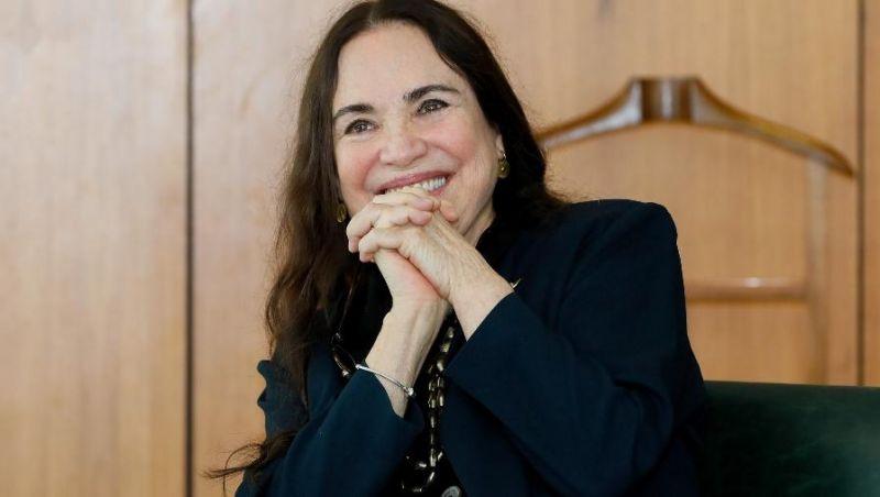 Regina Duarte deixa secretaria após processo de 'fritura' e muda de cargo