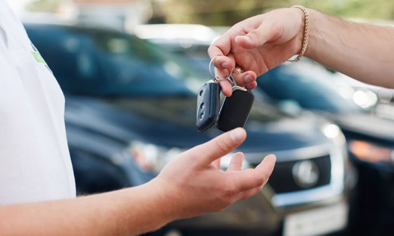 Cresce interesse do consumidor em alugar carros ao invés de comprar