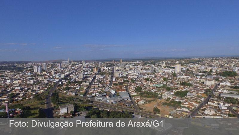 Cidades de MG aderem à 'onda roxa', com toque de recolher e restrições