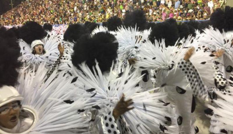 Samba-enredo será primeiro critério de desempate na apuração das escolas do Rio