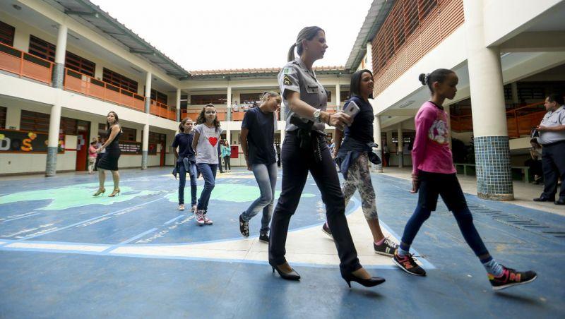 Estado de São Paulo adere ao programa de escolas militares do MEC