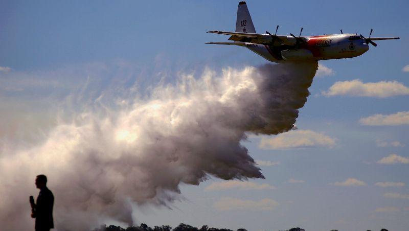 Avião que combatia incêndios na Austrália cai e mata 3 pessoas