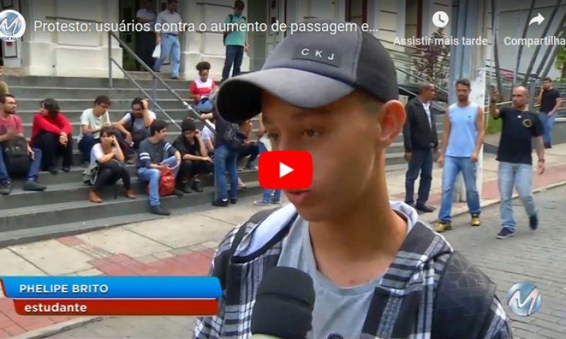 Protesto: usuários contra o aumento de passagem em Juiz de Fora
