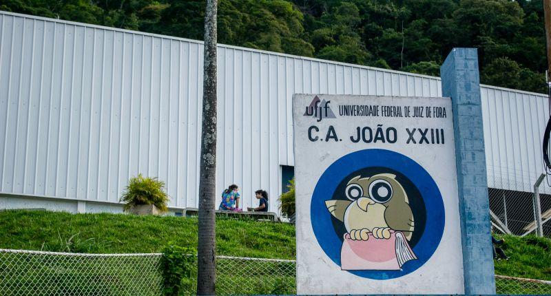 Colégio João XXIII prepara volta às aulas de forma remota
