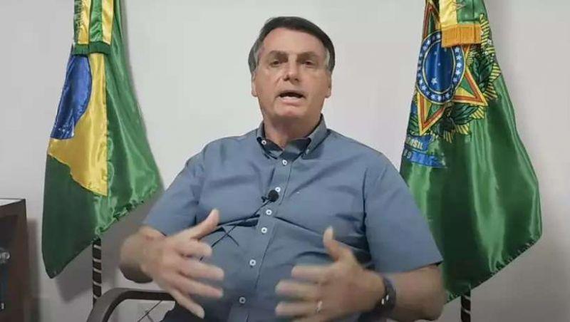 Bolsonaro critica 'desinformação' e 'pânico disseminado' por causa da pandemia