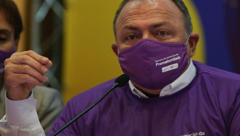 Pazuello diz que aprende todos os dias como lidar com a pandemia