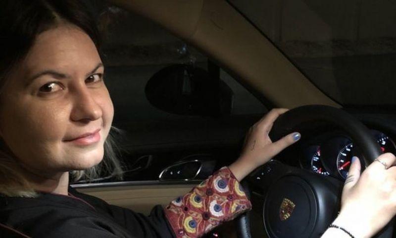 'Me sinto presa, agora minha vida vai mudar', brasileiras contam como foi 1º dia de mulheres ao volante na Arábia Saudita