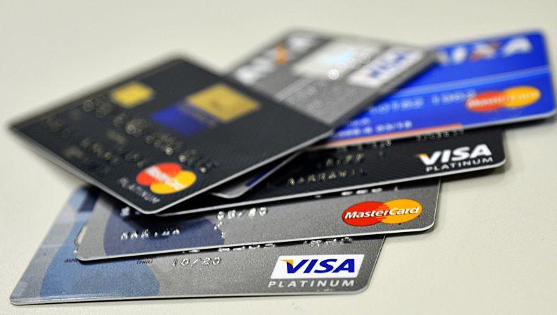 Juros do cartão de crédito rotativo estão mais altos