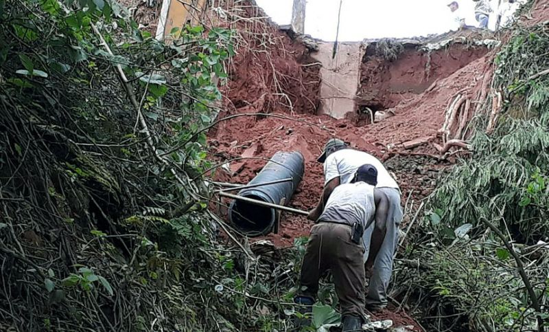 Secretaria de Obras recupera rede de drenagem no Bairro Santa Rita em JF
