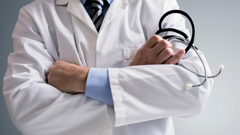 MEC estuda liberar vagas e ofertas de cursos de medicina