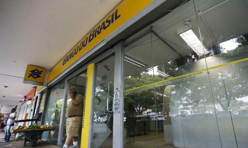 Agências do Banco do Brasil passam a operar em horário reduzido