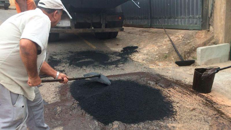Empav realiza operação tapa-buracos em várias regiões de Juiz de Fora