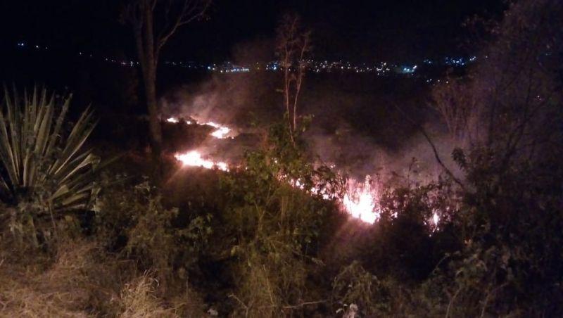 Incêndios causam danos em diferentes pontos de Barbacena neste domingo