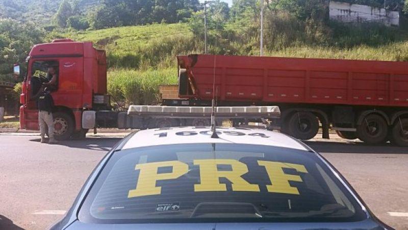 Operação da Polícia Rodoviária Federal em Leopoldina e Muriaé fiscaliza caminhões
