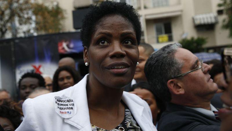 Entenda o caso da advogada presa durante audiência no Rio