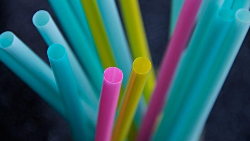 Sancionada lei que proíbe canudos plásticos em Juiz de Fora