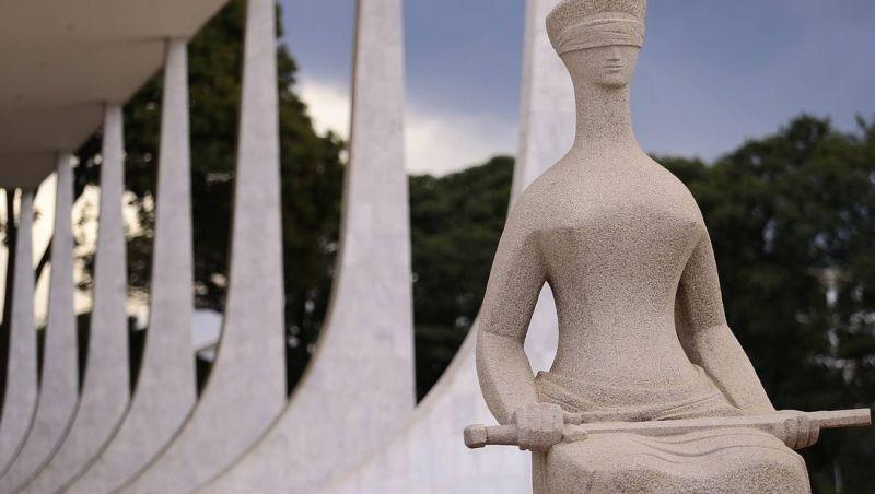 Supremo gasta R$ 3,4 milhões por ano em segurança de ministros fora de Brasília