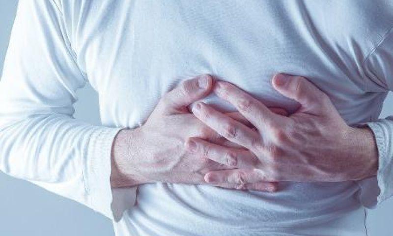 Você dorme mal? Acordar muito à noite aumenta riscos de fibrilação atrial