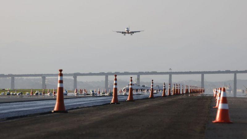 Santos Dumont volta a operar normalmente, após reforma na pista