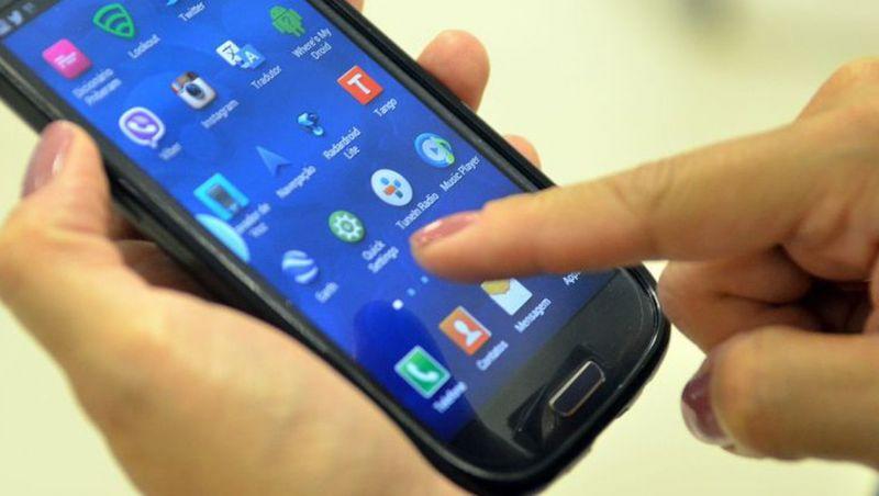 Brasil é 5º país em ranking de uso diário de celulares no mundo