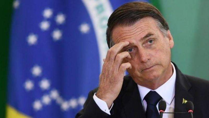 Mau tempo impede viagem de Bolsonaro ao interior do Paraná