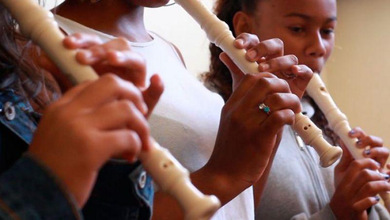 Projeto Acorde inspira e desperta os jovens para a música