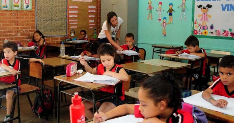 Secretaria de Educação publica mais mil nomeações de servidores