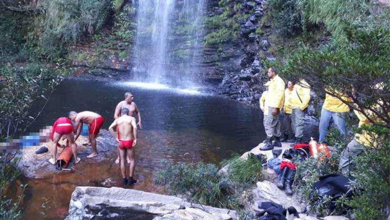 Depois de mortes na Serra do Cipó, bombeiros alertam para risco de selfies em cachoeiras