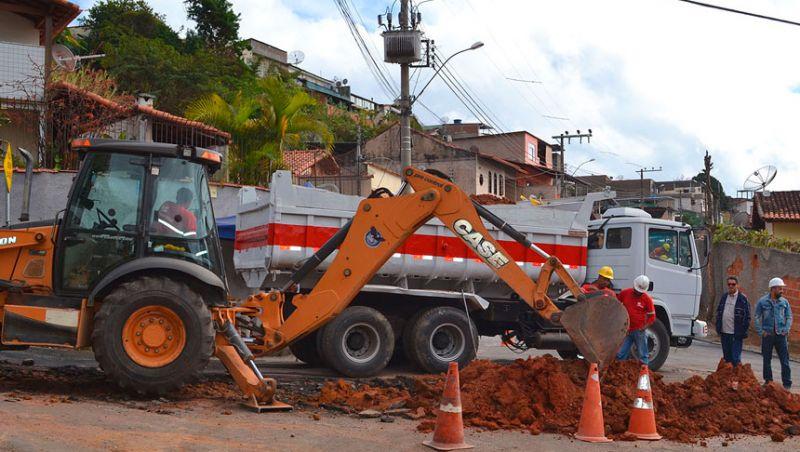 Cesama inicia substituição de redes de esgoto no Bairro Carlos Chagas em JF
